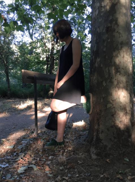 vestido negro y alpargatas natural world